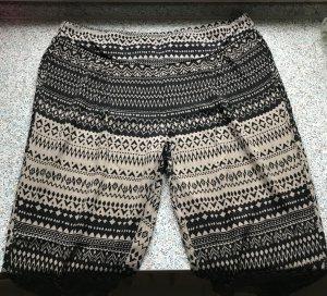 Stylische leichte Hose