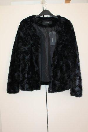 Stylische Pelz-Jacke