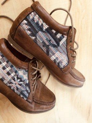 Stylische Schuhe aus einem Store in Melbourne