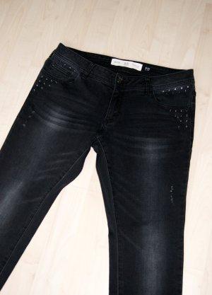 Stylische Skinny-Jeans im Used-Look (mit Nieten, Gr. 38/30) - Wie neu!