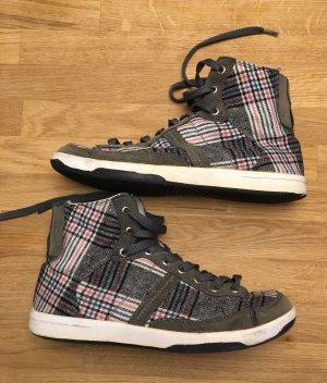 Stylische Sneaker Karo-Streifen