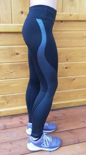 Stylische (Sport-)Leggings mit glänzenden Streifen in Gr. XS