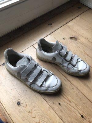 stylische VEJA Sneaker mit Klett