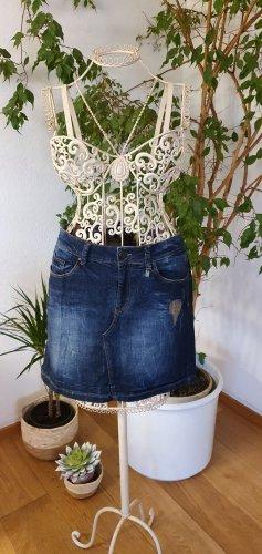 stylischer Jeansrock
