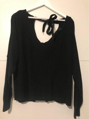 Stylischer Pullover mit Schleifenbindung