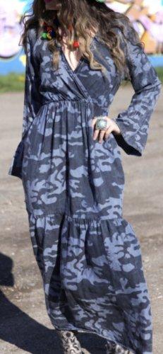 Stylisches Kleid, S-M, topp neuwertiger Zustand!