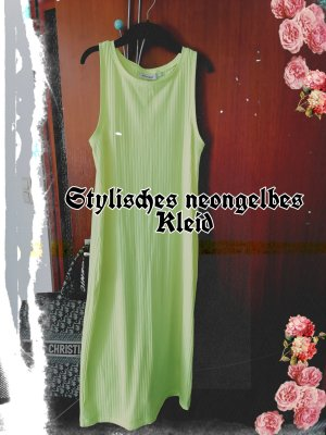 Stylisches neongelbes Kleid