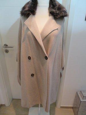 Stylisches Strickcape Poncho Cape Strickmantel beige Zara Knit