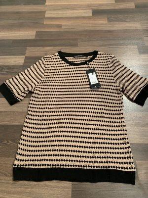 Stylisches T-Shirt NEU