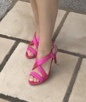 Stylishe Slingpump-Sandaletten in shiny Pink, nagelneu!