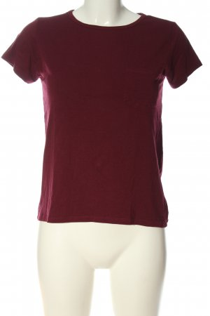 Subdued  rosso stile casual