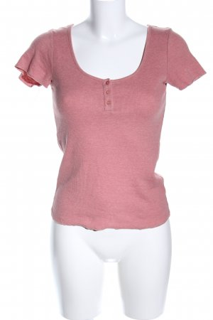 Subdued Camisa acanalada rosa look casual