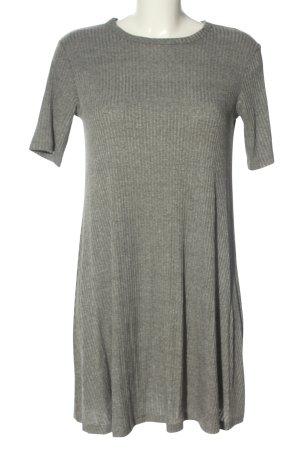 Subdued Shirtkleid