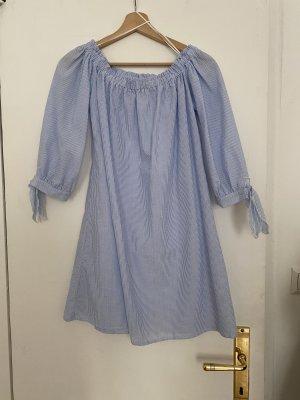 Subdued Off the shoulder jurk wit-azuur