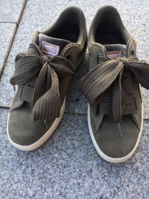 Suede Heart Pebble Sneaker Khaki Puma