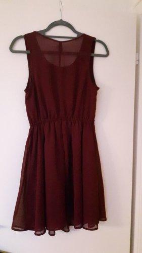H&M Vestido línea A burdeos-rojo zarzamora