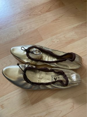 Ballerinas with Toecap gold-colored-dark brown leather
