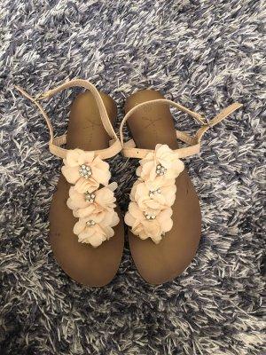 Süße Blumen-Sandalen 36