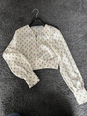 Süße Bluse mit schönem Muster