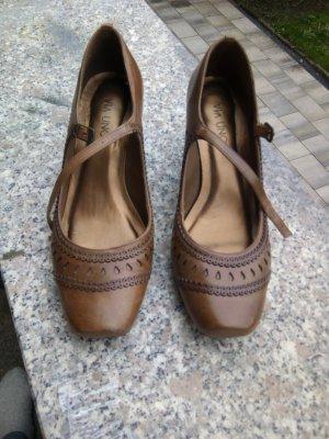 Via uno Zapatos Mary Jane marrón