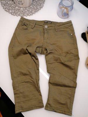 Süße Capri Shorts in Gr. 42