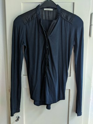 Süße dunkelblaue Bluse von Wunderwerk, Henley Blouse piping silkmix, Fair Fashion