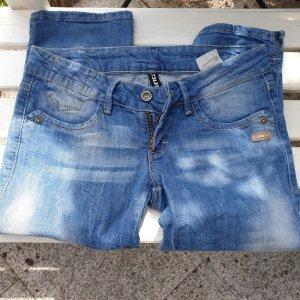 Gang pantalón de cintura baja azul celeste