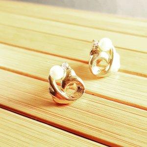 Pendientes de oro blanco-color oro