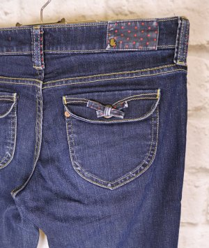 Süße Jeans Hose H&M Größe W29 36 38 Dark Blue Denim Schleife Straight Legs