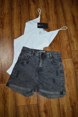 Süße Jeans Hot Pant Gr. 38 high Waist von bershka
