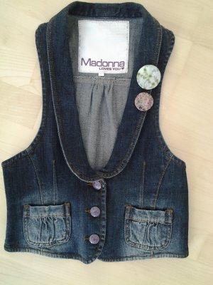 Süße Jeansweste von Madonna