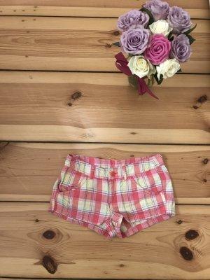 Süße karierte Shorts von H&M
