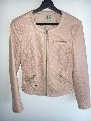 Süße Lederimitat Jacke von Zara. Größe 38