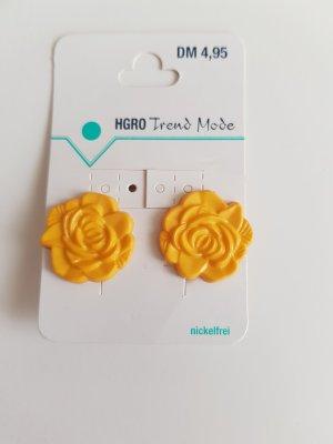 Clip d'oreille jaune