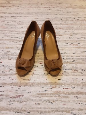 Peep Toe Pumps light brown leather