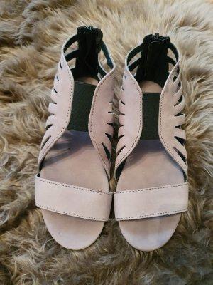 Süße Sandalen