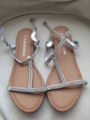 Sandały z rzemykami biały-srebrny