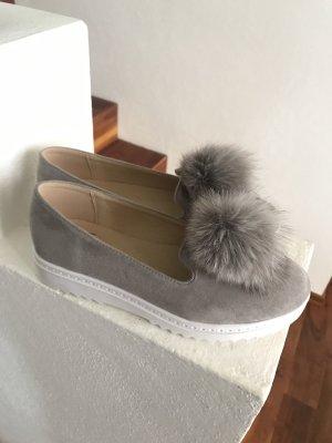 Süße Schuhe mit Fellpuschel * Halbschuhe * Schlüpfschuhe * Neu und ungetragen