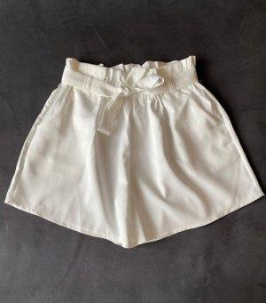 Süße Shorts von ZARA