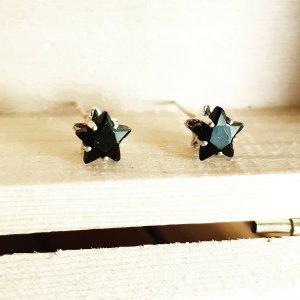 Süße silberne Stern Ohrringe Ohrstecker in schwarz