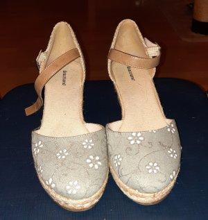 süße sommerliche Wedges Sandaletten von Graceland