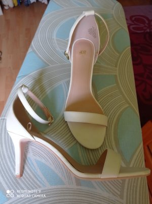 H&M Strapped High-Heeled Sandals white