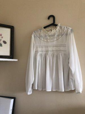 süße weiße Bluse mit schönen Details