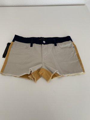 Süße zweifarbige Shorts, Neu, Größe 27
