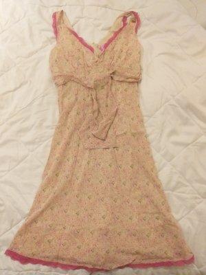süßen Kleid von Miss Sixty