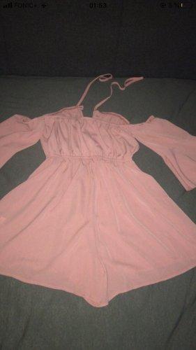 Süßer rosa Einteiler