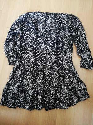 süßes Blümchenkleid von Zara