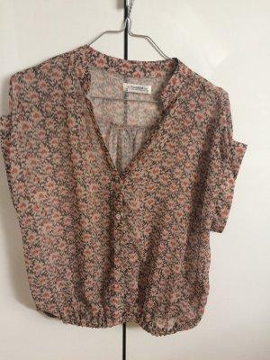 Süßes Blumen Shirt (Pull&Bear)