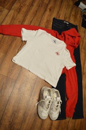 Süßes Calvin Klein Jeans Cropped T-Shirt weiss Gr. 38