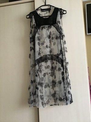 Desigual Szyfonowa sukienka biały-czarny Tkanina z mieszanych włókien